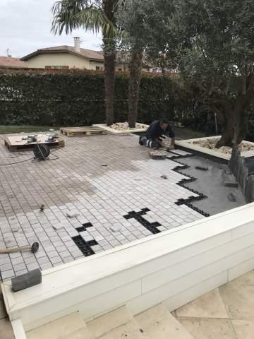 Création d'une terrasse en pavé granit sur Orthevielle